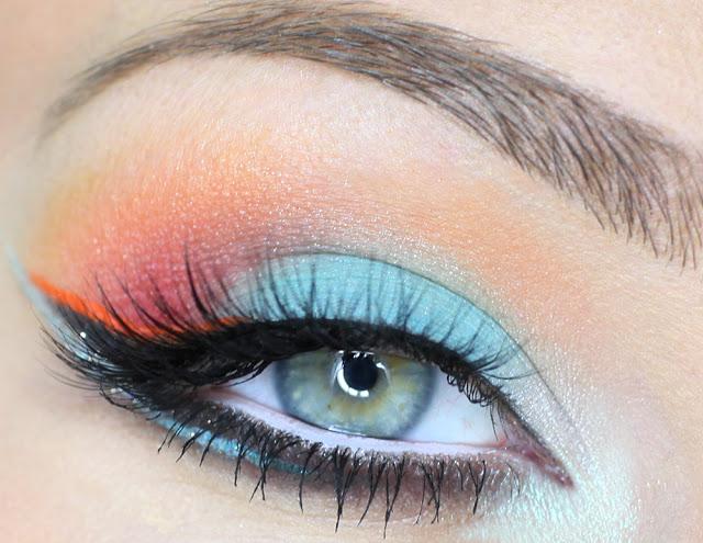 Секреты макияжа - учимся рисовать правильные, красивые и ровные стрелки